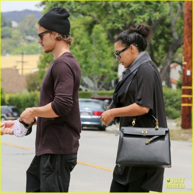 *EXCLUSIVE* Pregnant Naya Rivera reveals baby bump as she visits a friend in Los Feliz