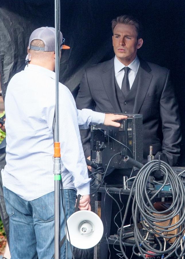 *EXCLUSIVE* Chris Evans looks dapper on the set of 'Captain America: Civil War'