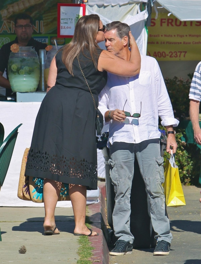Пирс Броснан и Кили Шэй Смит вместе более 20 лет и их чувства сильнее и крепче, чем у многих пар вместе взятых