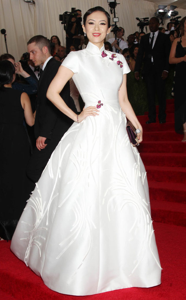 rs_634x1024-150504193513-634.Zhang-Ziyi-Met-Gala-White-Gown.jl.050415