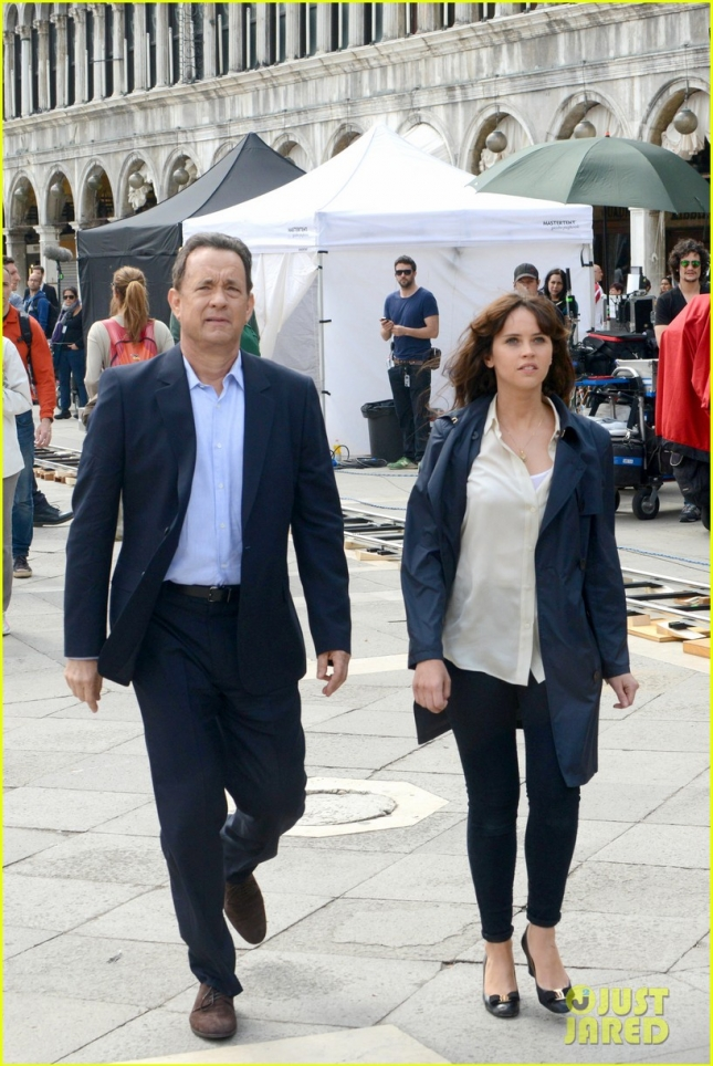 tom-hanks-felicity-jones-get-to-work-on-inferno-movie-01
