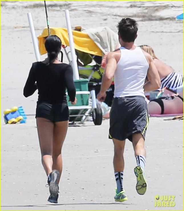 Зак Эфрон и Сами Миро на пробежке