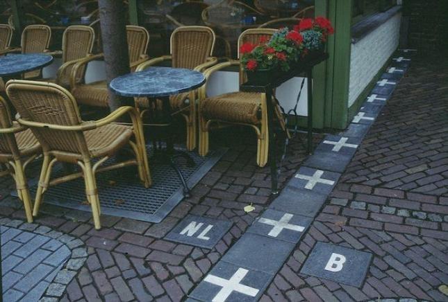 Бельгия и Голландия. зачем вообще напрягаться?