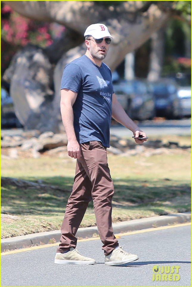 ben-affleck-accountant-movie-release-date-announced-06