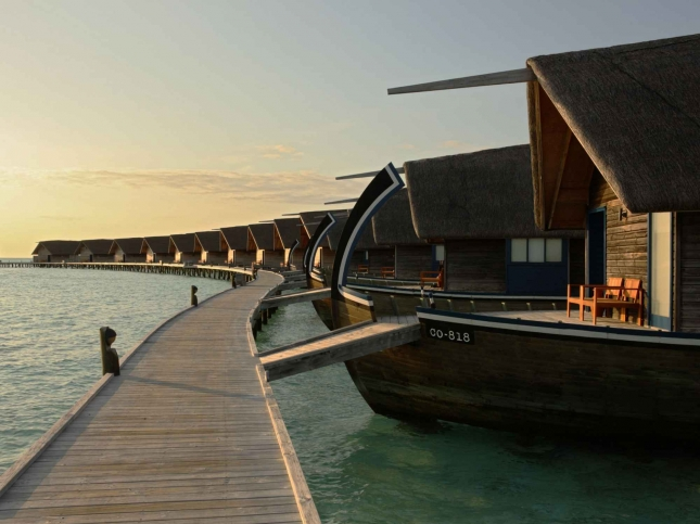 best overwater bungalow resorts maldives cocoa island exterior