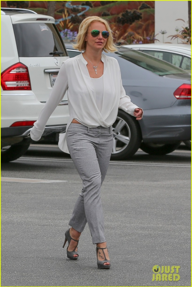 Britney Spears attends a business meeting in Westlake