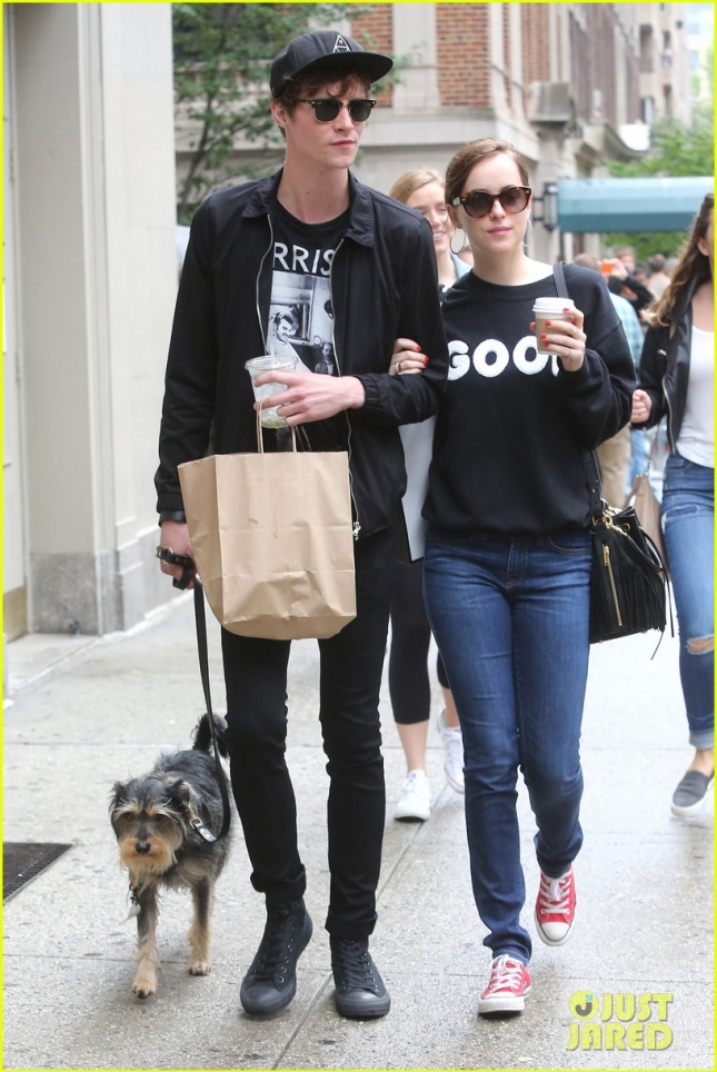 Matthew Hitt and Dakota Johnson are all loved up in NYC