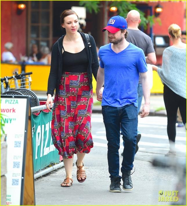 Дэниел Рэдклифф и его девушка Эрин Дарк сходили в суши-ресторан
