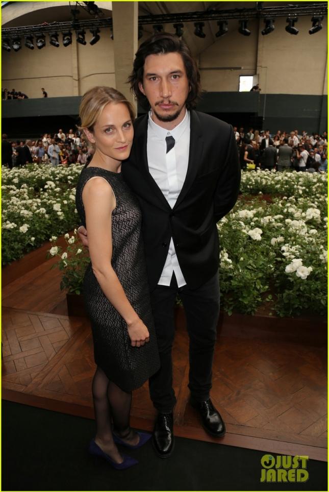 Адам Драйвер с женой Джоанн на шоу Dior Homme
