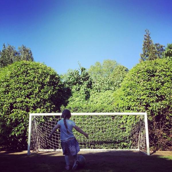 david-beckham-harper-soccer-500x500