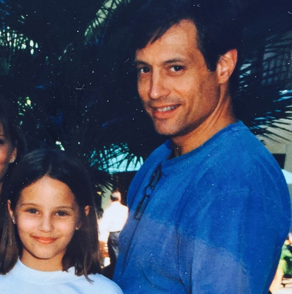 Дианна Агрон с отцом