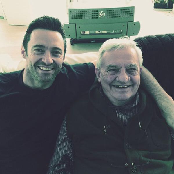 """Хью Джекман с отцом Крисом: """"Мой отец, мой герой, счастливого праздника, папа и все папы мира!"""""""
