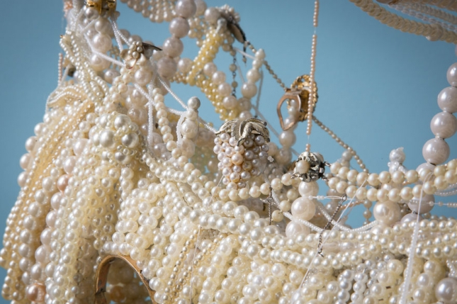 I-made-two-huge-galleons-from-old-pearl-necklaces6__880