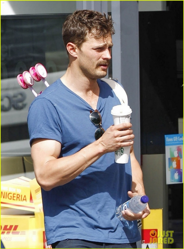 jamie-dornan-shows-off-his-mighty-mustache-in-london-04