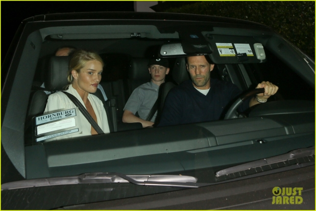 jason-statham-rosie-huntington-whiteley-start-week-with-cecconis-dinner-date-06