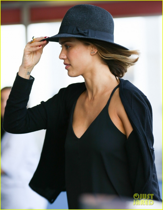 Jessica Alba Departs from JFK