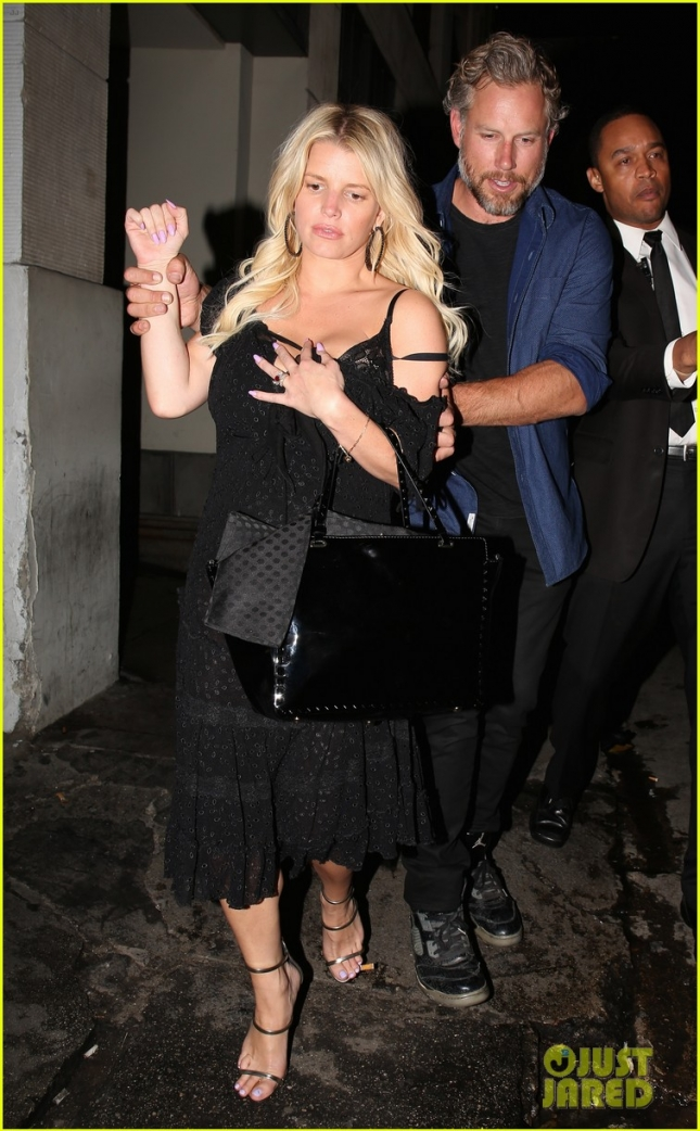 jessica-simpson-mom-tina-engaged-07