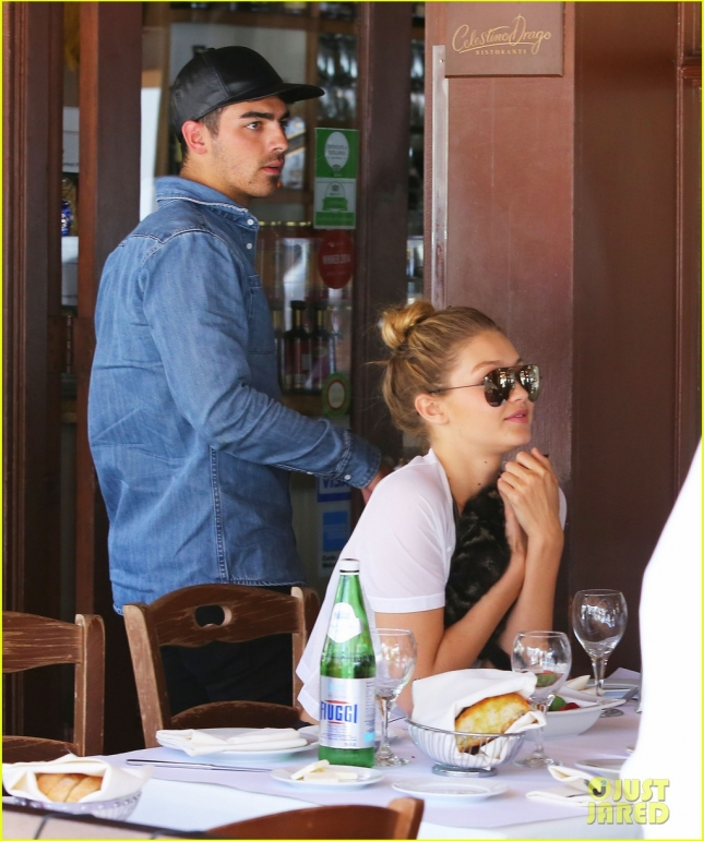 Joe Jonas & Gigi Hadid Lunch In Beverly Hills