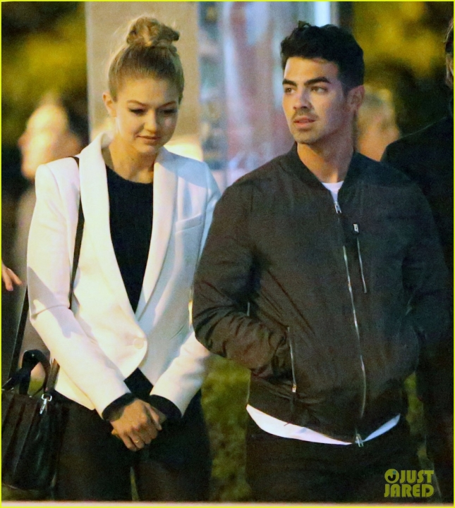 EXCLUSIVE: Gigi Hadid and Joe Jonas seen making a getaway to Toronto together