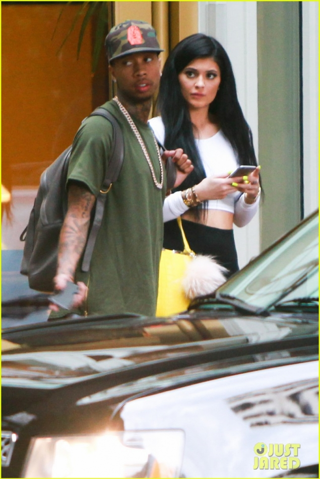 *EXCLUSIVE* Kylie Jenner and Tyga seen leaving Kendall Jenner's apartment in Westwood