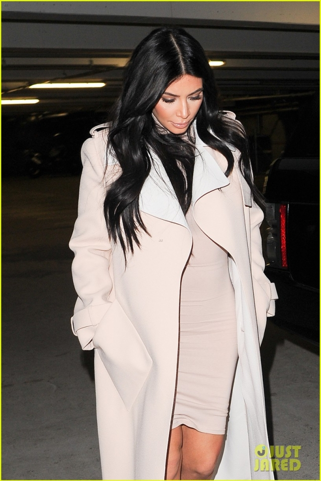 Kim Kardashian's maternity style is on point**USA ONLY**