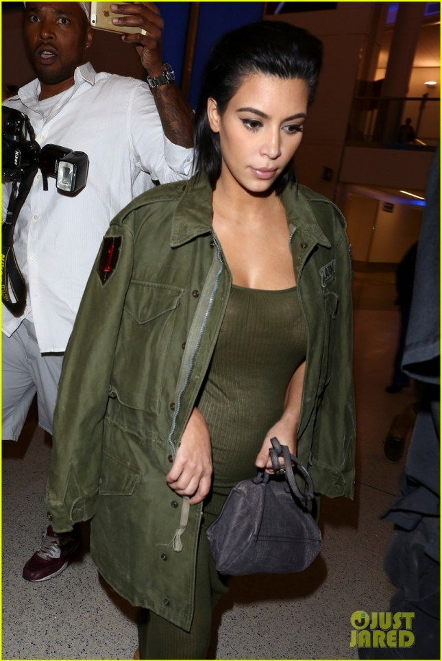 kim-kardashian-is-due-to-give-birth-in-winter-10