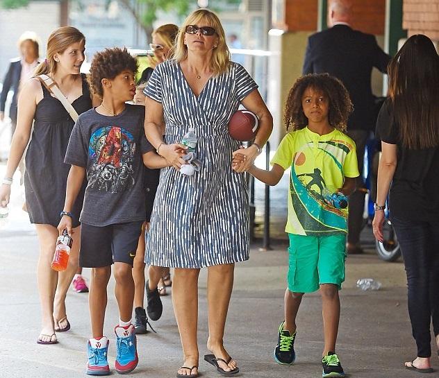 Мама Хайди Клум с детьми