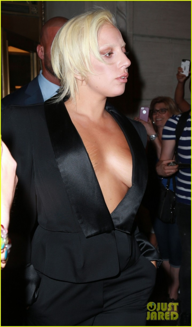 Lady Gaga Shows Off The Goods In NYC