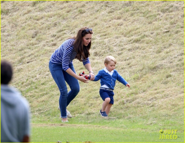prince-george-kicks-the-polo-ball-with-mom-kate-middleton-05