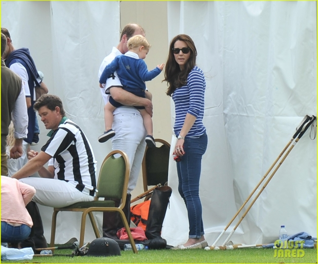 prince-george-kicks-the-polo-ball-with-mom-kate-middleton-25