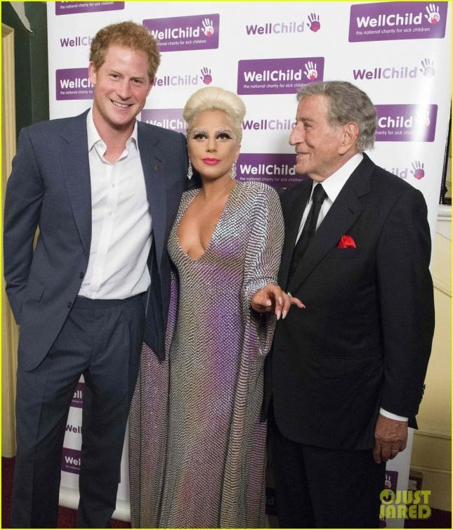 Принц Гарри, Тони Беннетт и Леди Гага (премного благодарны, что одетая) в Лондоне