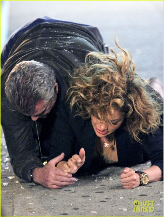 Jennifer Lopez and Ray Liotta shoot a scene for their show 'Shades Of Blue' **USA ONLY**