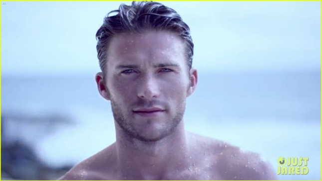 scott-eastwood-shirtless-ocean-davidoff-cool-water-campaign-04