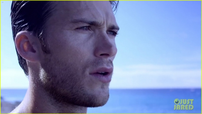 scott-eastwood-shirtless-ocean-davidoff-cool-water-campaign-10