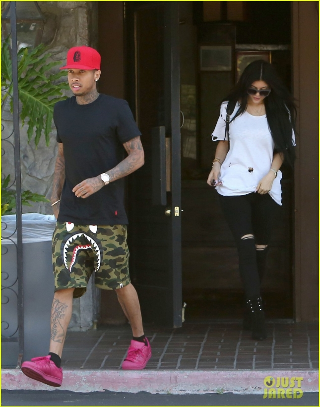 tyga-says-pleazer-lyrics-are-not-about-kylie-jenner-03