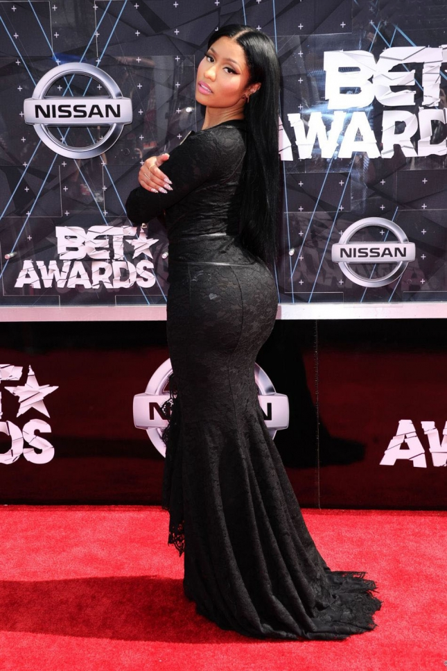 1867497-nicki-minaj-lors-des-bet-awards-2015-au-950x0-2