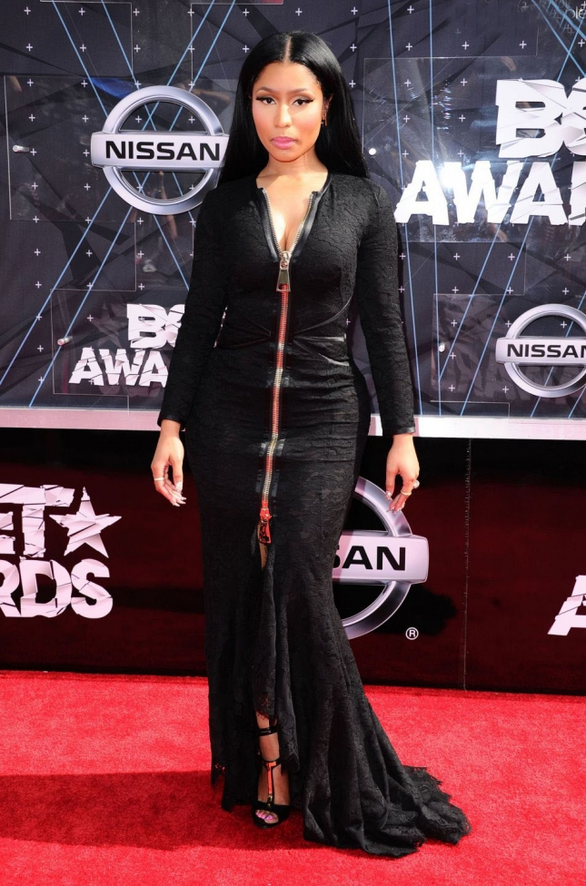 1867498-nicki-minaj-lors-des-bet-awards-2015-au-950x0-2