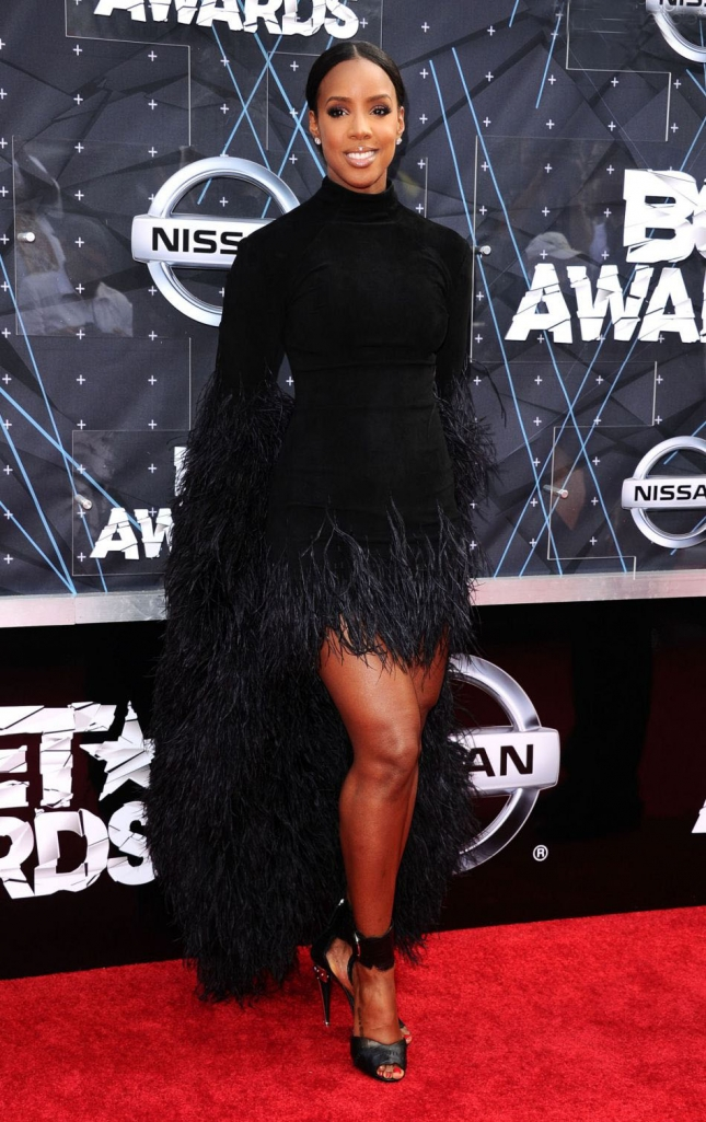 1867501-kelly-rowland-lors-des-bet-awards-2015-950x0-2