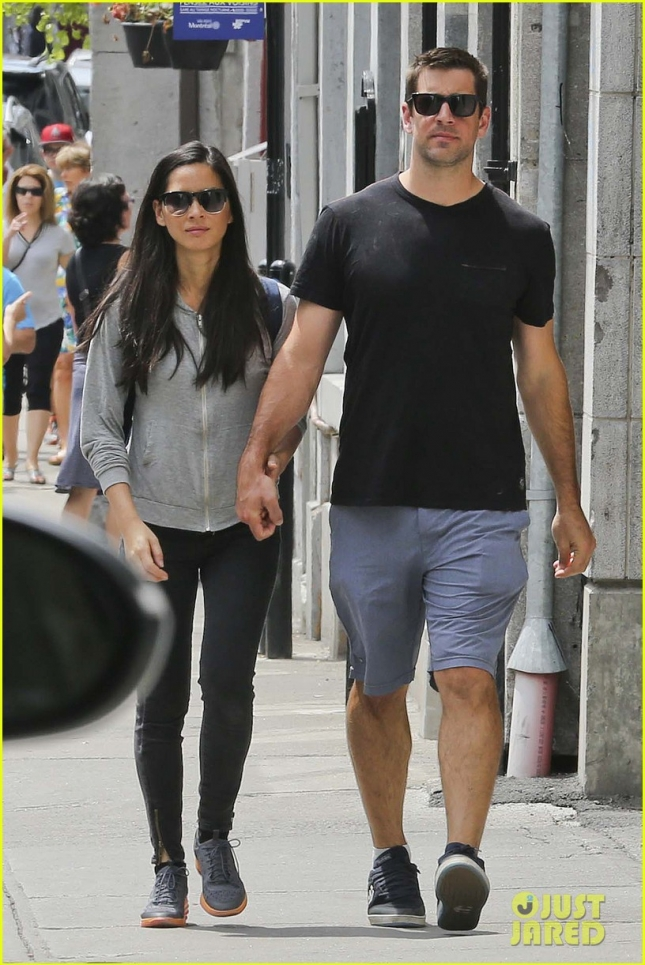 Olivia Munn & Aaron Rodgers enjoy post work-out walk in the Old Port