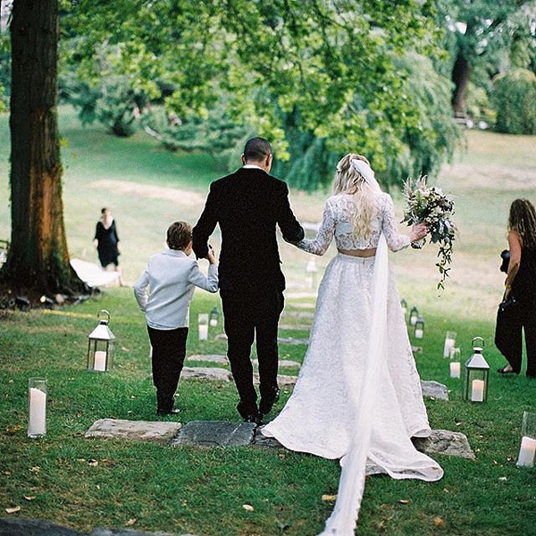 Ashlee-Simpson-Evan-Ross-Wedding-Pictures (1)