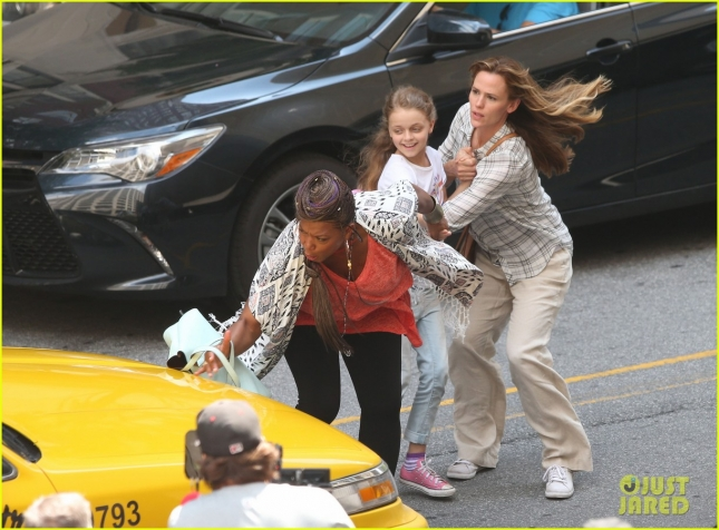 "Jennifer Garner Films ""Miracles From Heaven"""
