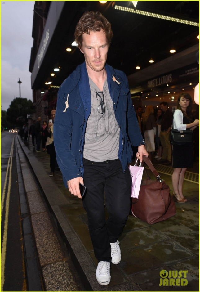 benedict-cumberbatch-starts-rehearsals-for-west-end-hamlet-05