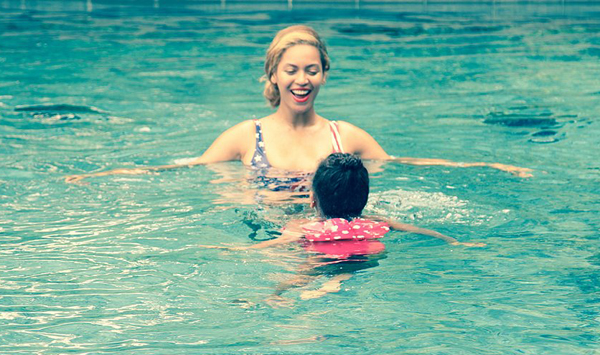 Beyonce-Blue-Ivy-Summer-Vacation-Pictures (2)