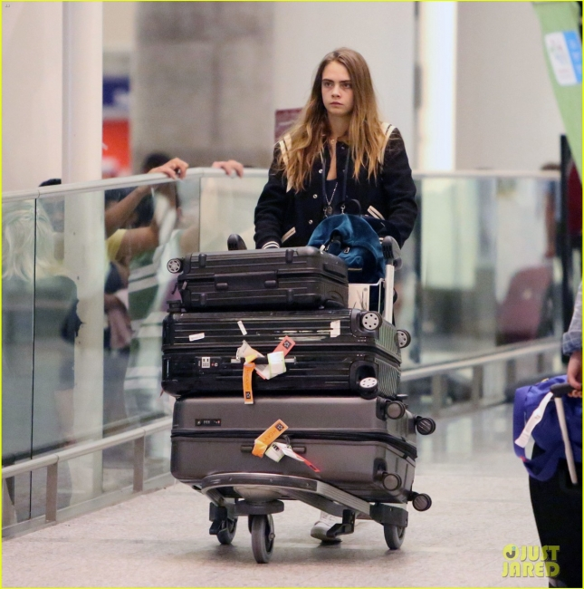 """Кара Делевинь вернулась в Торонто ради продолжения съемок в """"Отряде самоубийц"""""""