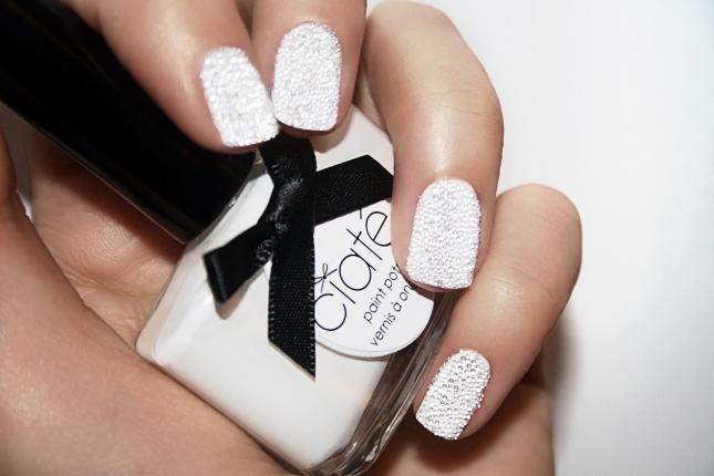 Caviar-Manicure-White-2