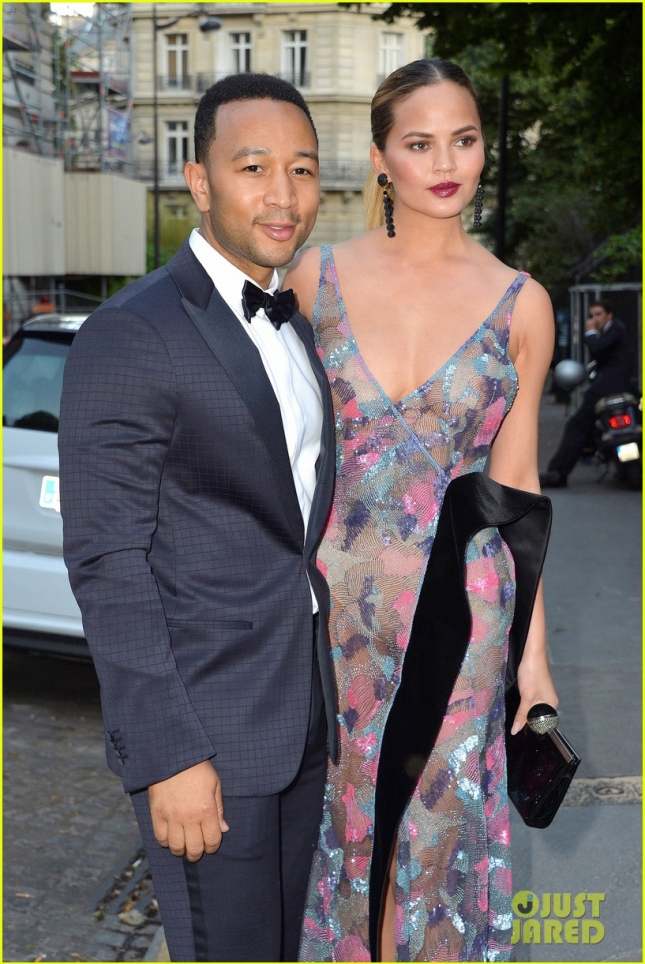 chrissy-teigen-john-legend-stylish-couple-at-vogue-paris-gala-10