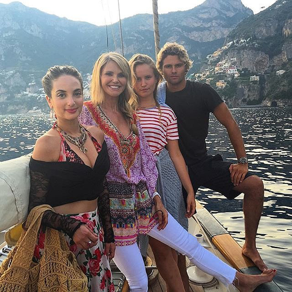 Christie-Brinkley-Family-Vacation-Italy-Pictures