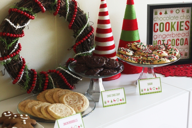 christmas-party-decorations-free-printables-throw-your-own-cookies-amp-cocoa-christmas-party-24642