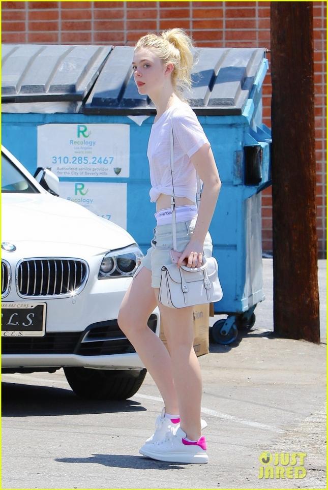 Elle Fanning likes her Calvin Kleins!