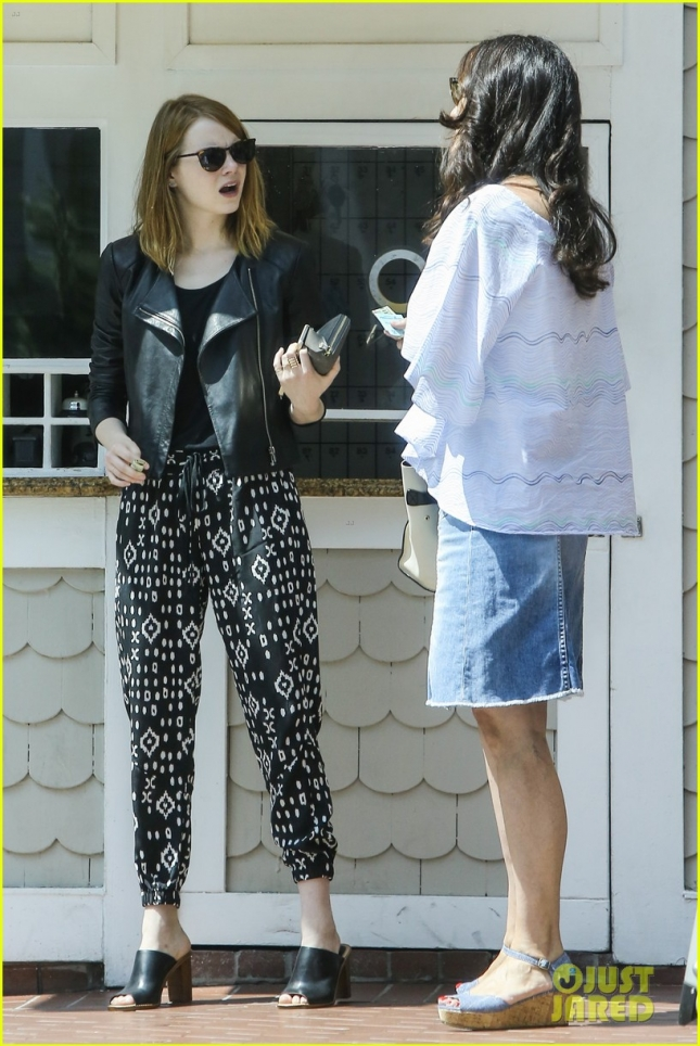 Emma Stone has lunch with a friend at Shutters